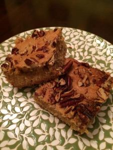 Brown butter blondie with pecans